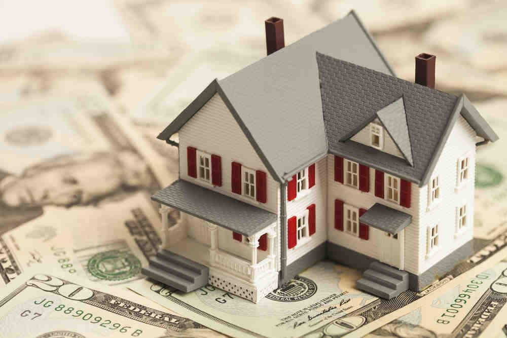 Як відбувається стягнення грошових коштів та майна боржника